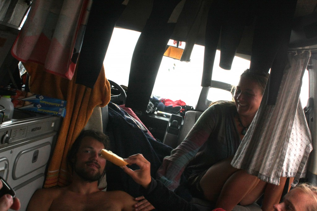 Im VW Bus von Christina und Matthias