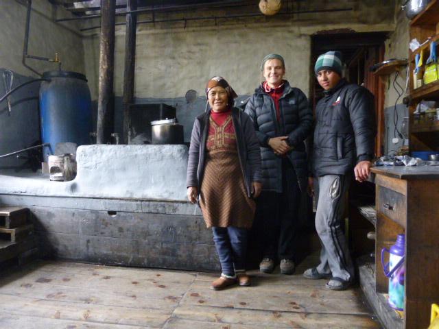In einer Küche in Yak Kharka (4.038m)