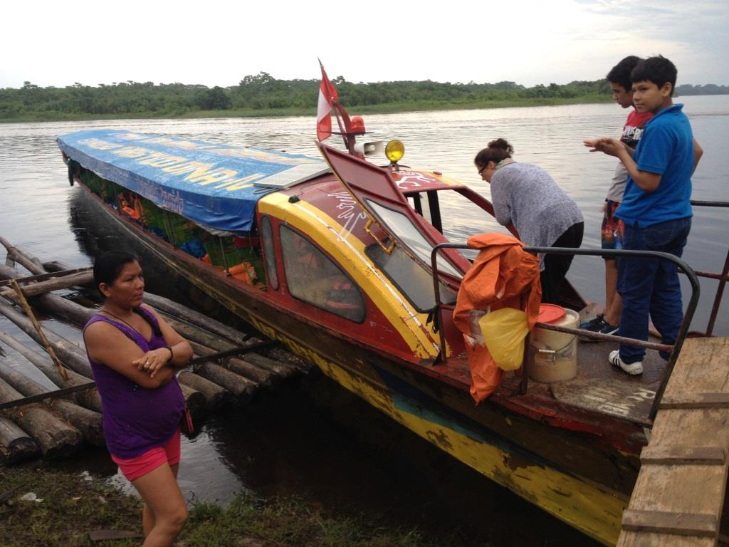 Nauta_Yurimaguas_Boot_speed_boat_Peru_Amazonas_Amazon_Iquitos
