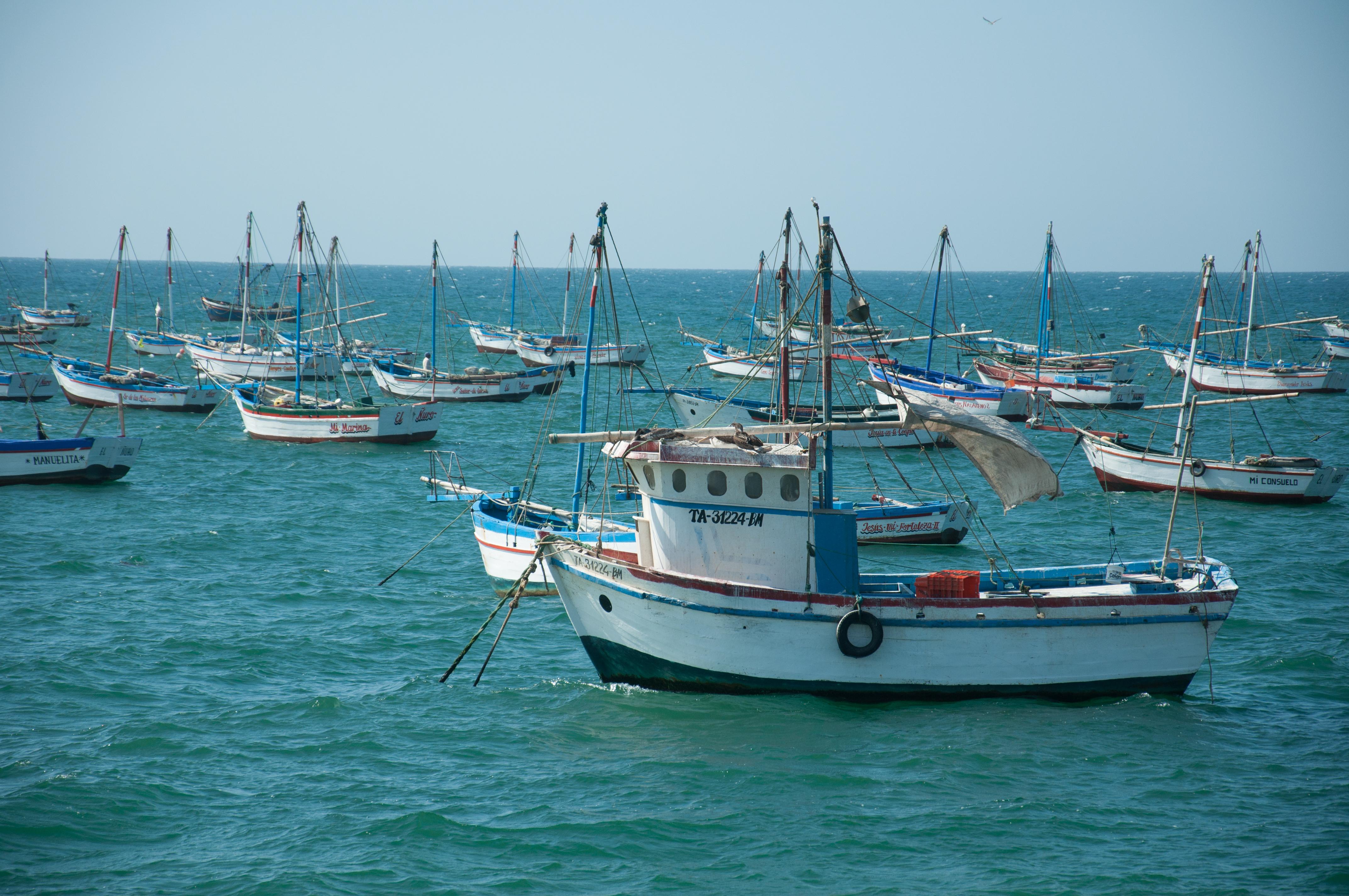 Fischerboote bei Nuro