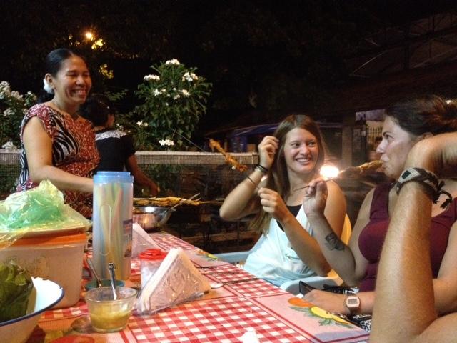Reis mit Huehnchen vom Grill am ersten Abend in Iquitos